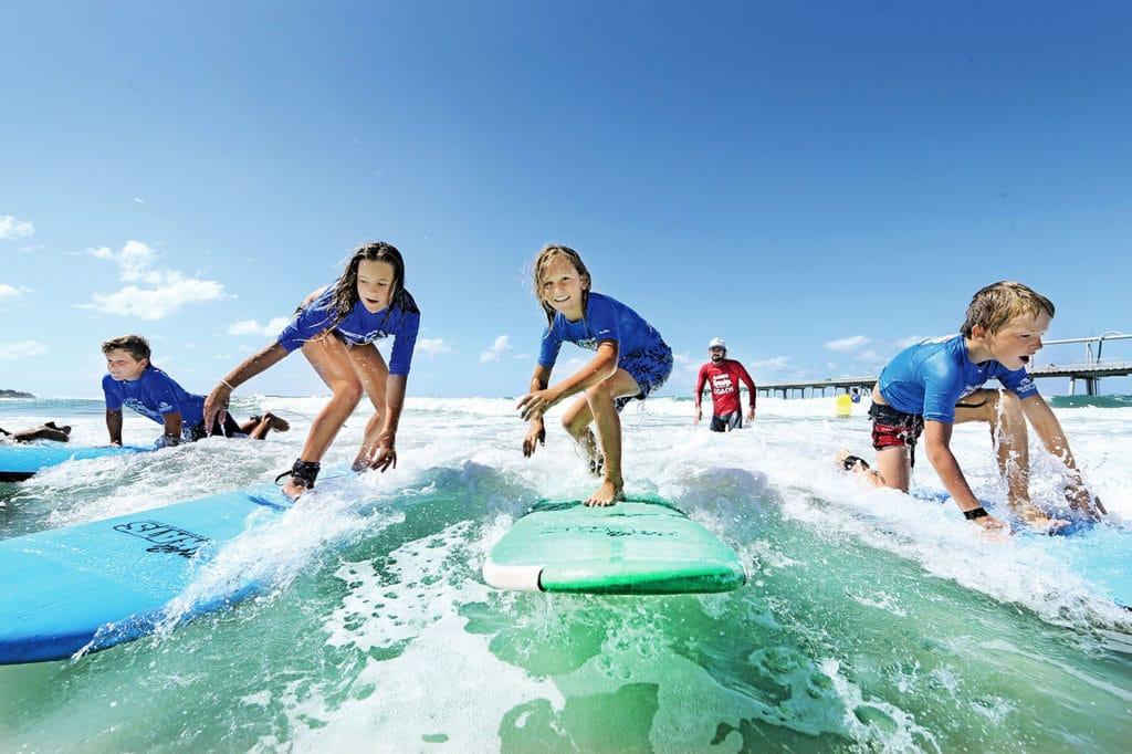 apprendre surf enfant