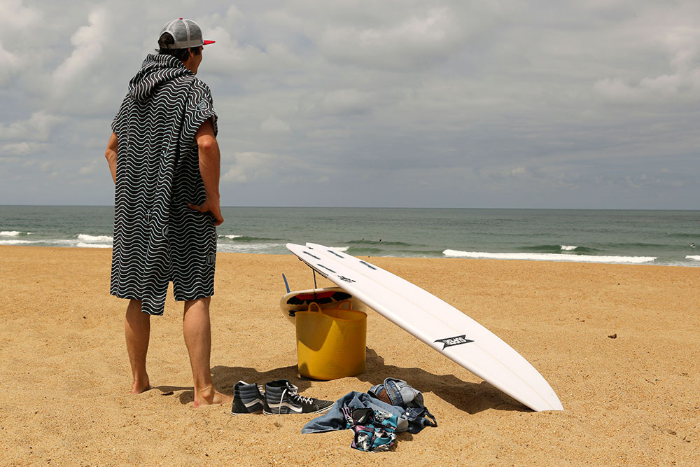 Comment choisir son poncho pour le surf ?