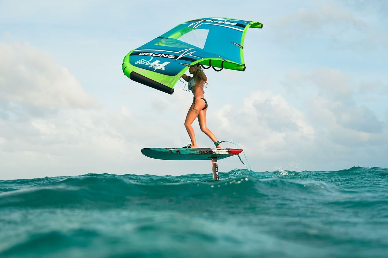 Focus sur les différents types de foil : kite foil, windsurf foil, wing foil et surf foil